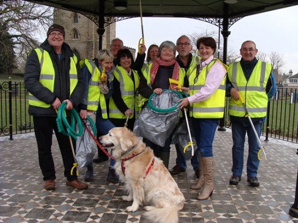 Bedale Town Councillors donating equipment to Bedale Litter Busters